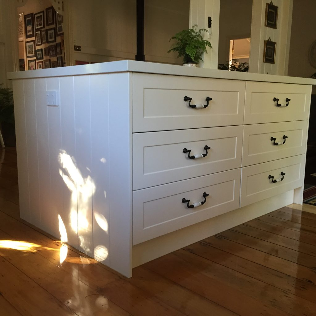Quick Kitchens Cabinets